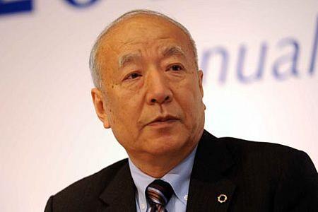 新华保险董事长:康典