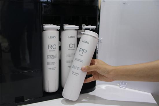 产品评测:领尚内置罐净水器LS815CR
