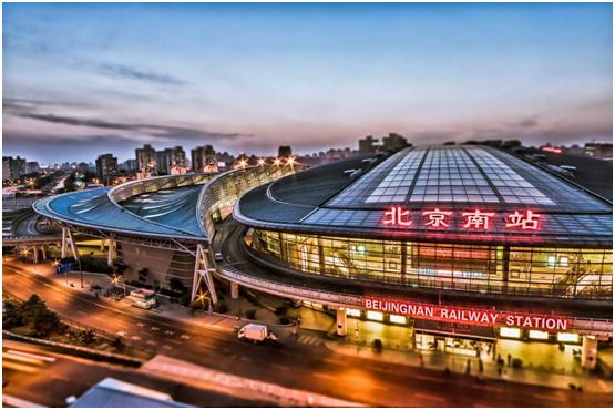 覆盖亿万客流量 箭牌漆广告席卷北京南站!