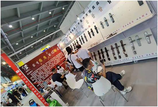 如期而至!固盾五金出席行业盛典——中国建博会(广州)